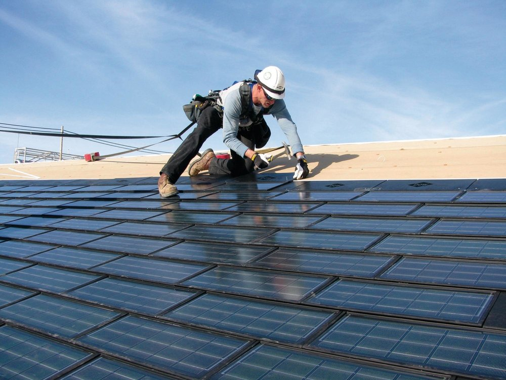 Top 5 Reasons To Instal Your Roof During Fall