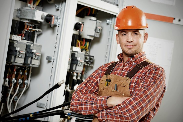 5 Secrets to Becoming a Successful Electrician