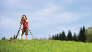 What Makes A Good Land Surveyor?