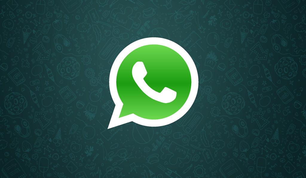 Whatsapp v/s Snapchat