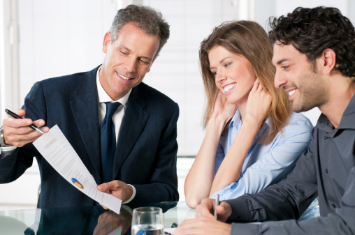 Meet An Expert Offering Financial Advises To Investors